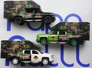 Машинка с динозавром Chevrolet Dinosaur World 1/32