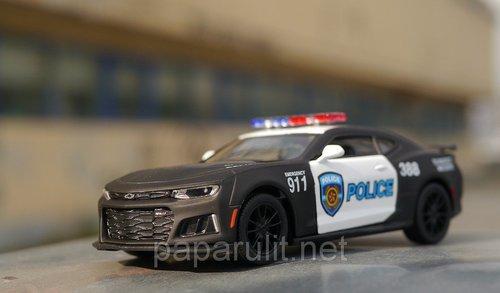 Машинка Kinsmart 2017 Camaro ZL1 Police