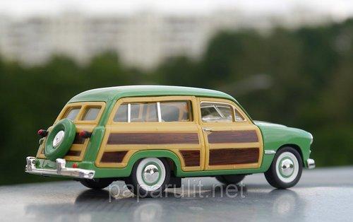 Kinsmart Ford Woody