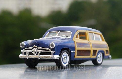 Kinsmart 1949 Ford Woody Wagon
