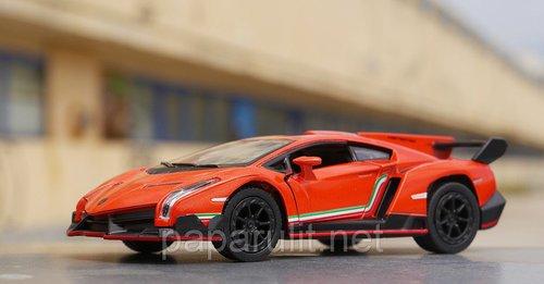 Машинка Kinsmart Lamborghini Veneno