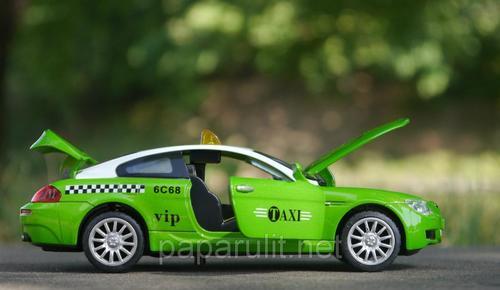 Машинка BMW такси