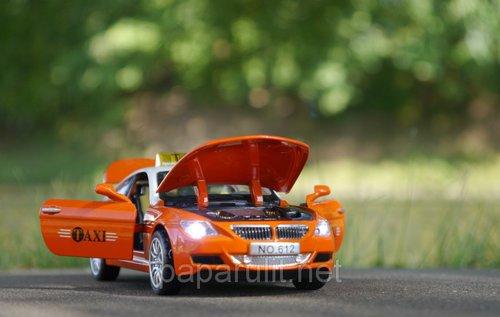 Машинка BMW M6 такси