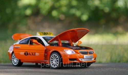 Машинка WB BMW M6 такси