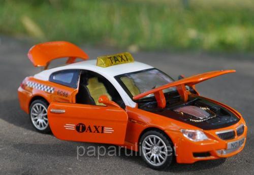 Машинка WB BMW M6 такси со звуком и светом