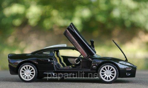 Машинка металлическая WB Spyker C8