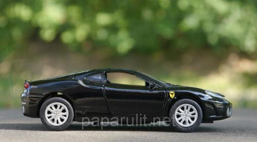 Машинка металлическая WB Ferrari F430 со звуком и светом