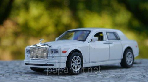 Машинка Rolls-Royce Phantom