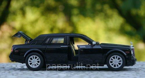 Машинка металлическая WB Rolls-Royce Phantom