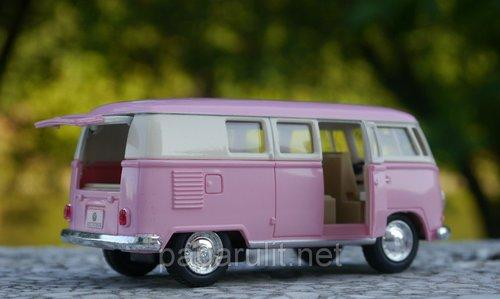 Машинка Volkswagen Classical Bus 1962 пастельные цвета с цветной крышей