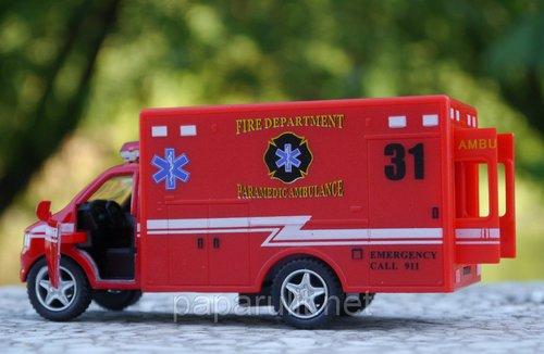 Машинка Kinsfun Ambulance скорая помощь красная карета