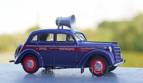 Машинка ретро москвич