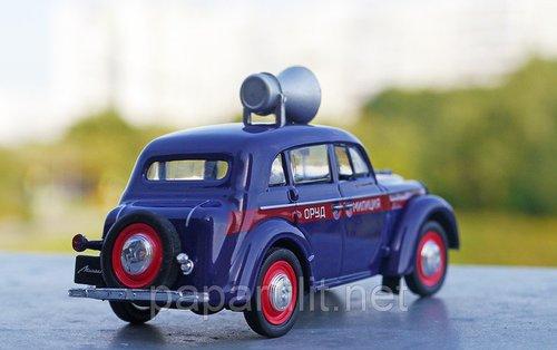 Москвич-400 игрушечный