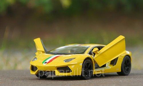 Kinsmart Lamborghini Aventador