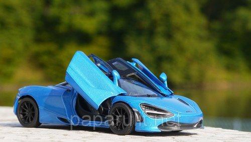 Kinsmart McLaren 720