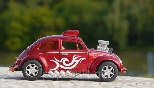 Kinsmart Beetle Dragracer