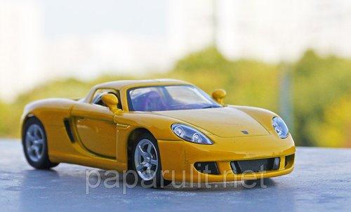 Kinsmart Porsche Carrera