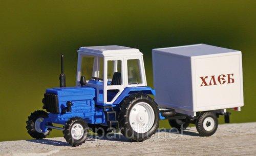 Игрушечный Трактор Беларус с прицепом Хлеб
