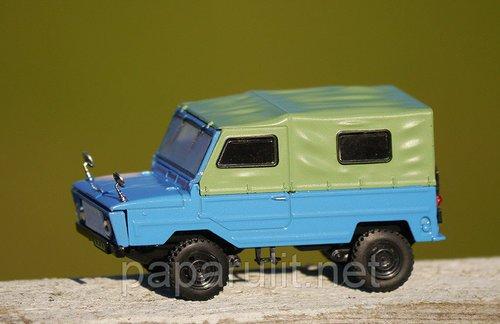 Сувенирная машинка ЛуАЗ-969М Волынь