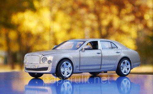 Bentley Mulsanne машинка игрушечная