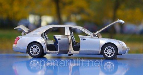 Mercedes Maybach Машинка