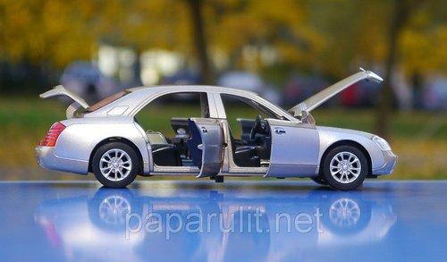 Машинка Mercedes Maybach