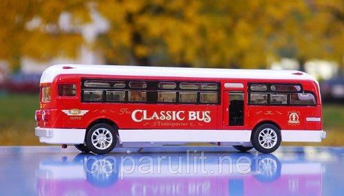 Автобус игрушечный со звуком и светом