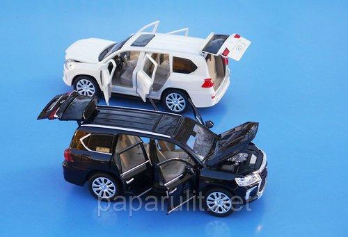 XLG машинка открываются двери и багажник