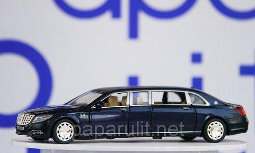 Машинка лимузин синий