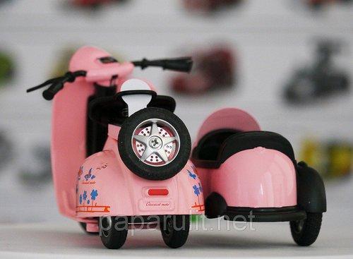 Мотороллер с коляской игрушечный розовый