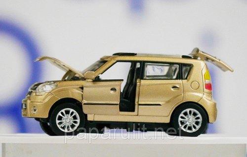 Машинка Киа игрушечная