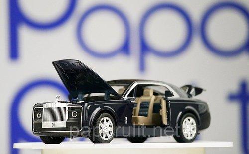 Машинка Роллс-Ройс открываются двери капот багажник
