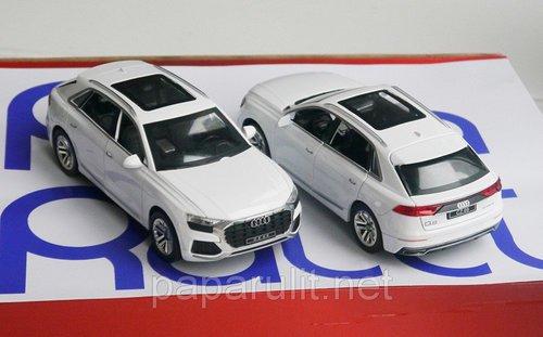 Audi Q8 машинка металлическая