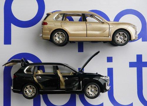 BMW X7 машинка игрушечная