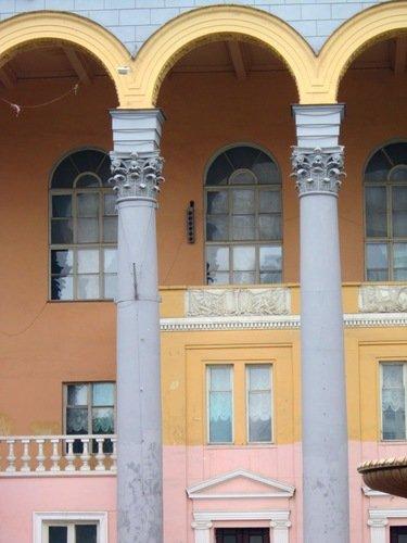 Два сельмашевских дворца и трагедия творца (архитектор Алексей Мулик).