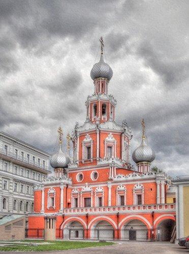 Знаменский храм на Шереметевом дворе