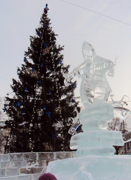 С Новым годом! Главная елка Екатеринбурга и Ледовый городок.