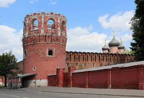 стена и башня Донского монастыря