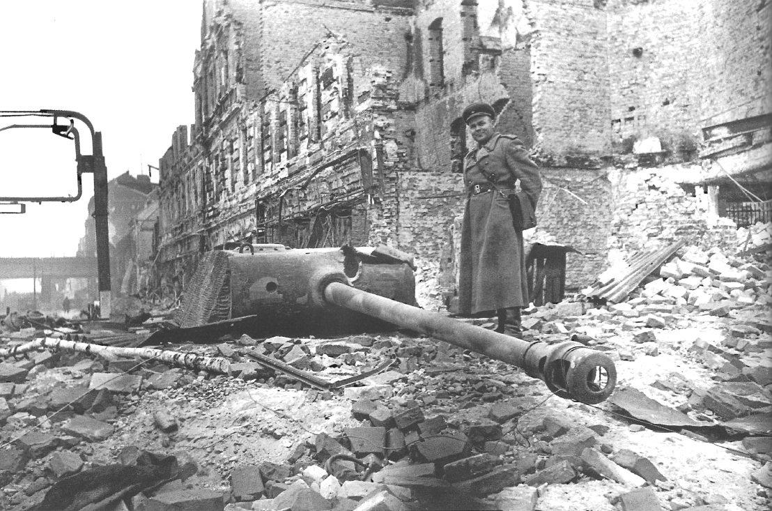 селекционеры фото боев в берлине там безопасно