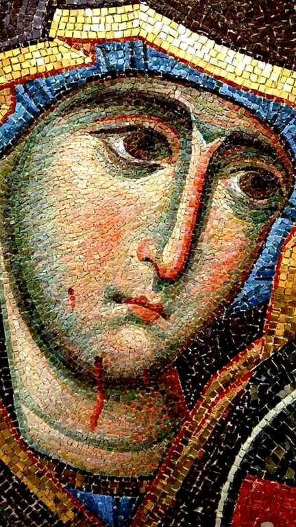 Иверская икона Божией Матери. Современная церковная мозаика. Фрагмент.