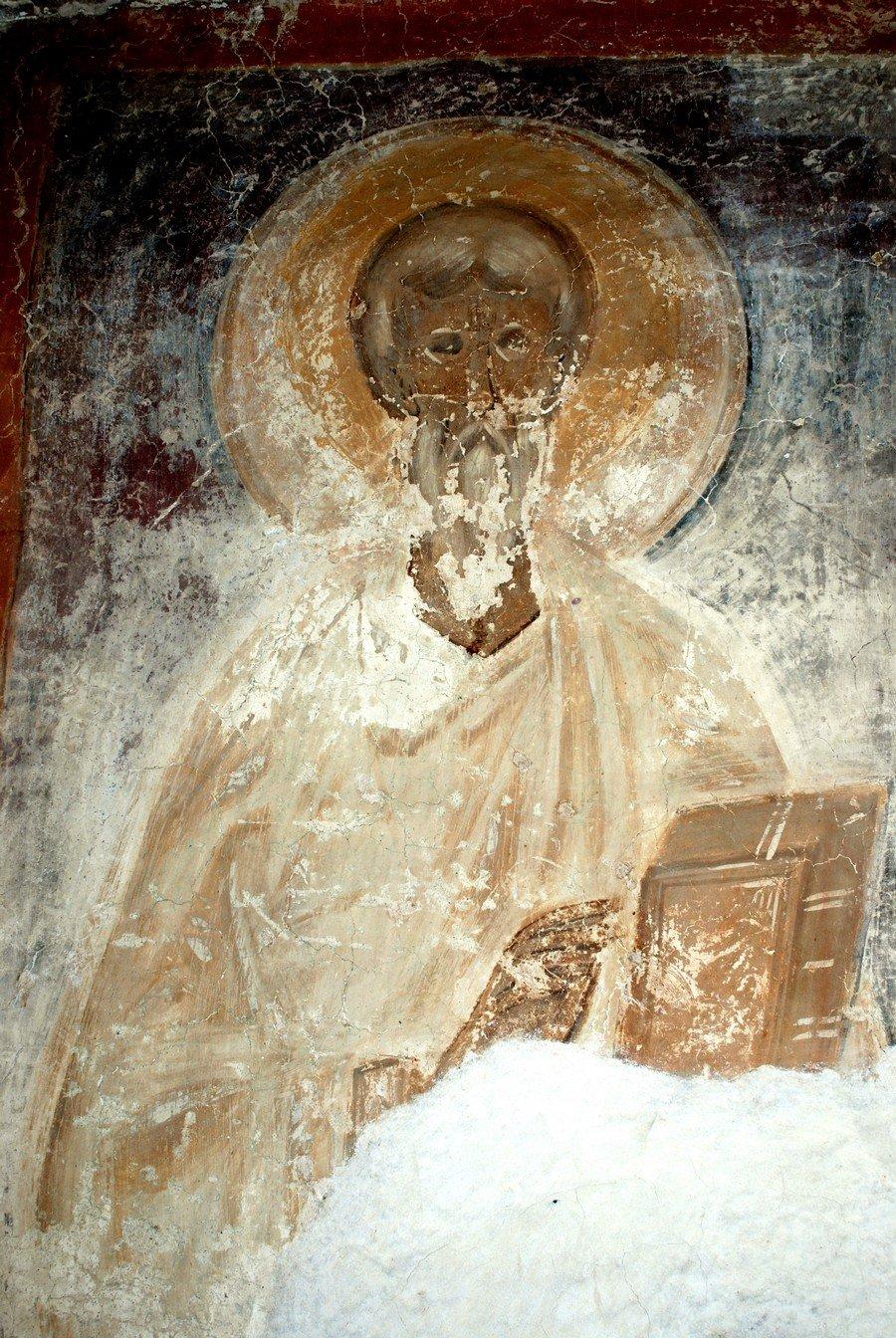 Святой пресвитер. Фреска церкви Святого Феодора Стратилата на Ручью в Великом Новгороде. 1380 - 1390-е годы.