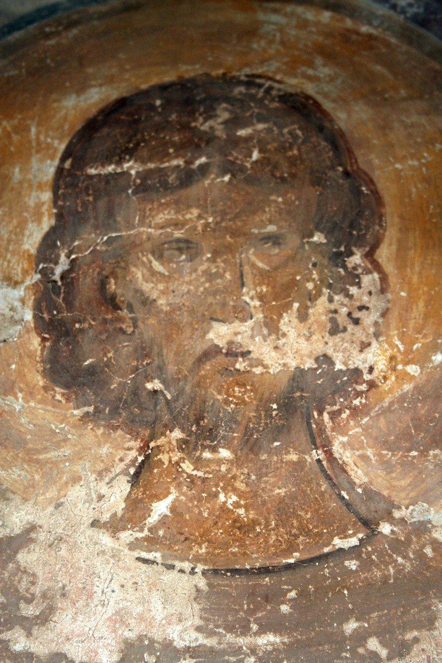 Святой диакон. Фреска церкви Святого Феодора Стратилата на Ручью в Великом Новгороде. 1380 - 1390-е годы.