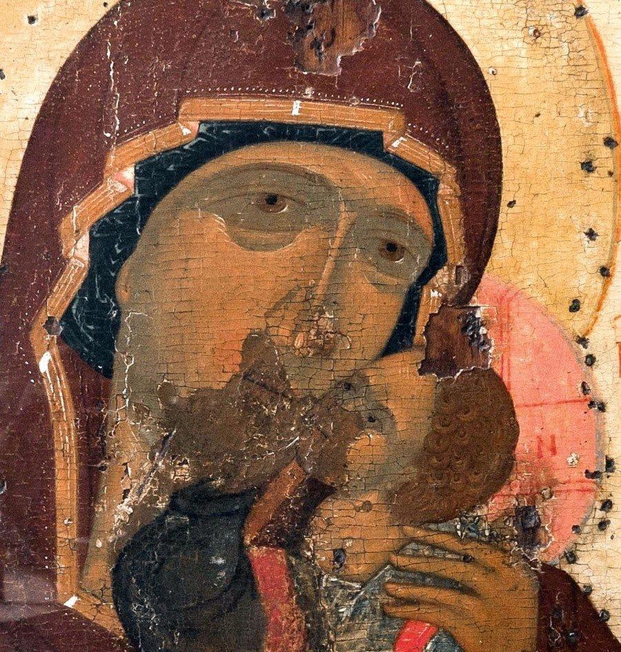 """Икона Божией Матери """"Умиление"""". Ростов Великий, XV век. Фрагмент."""