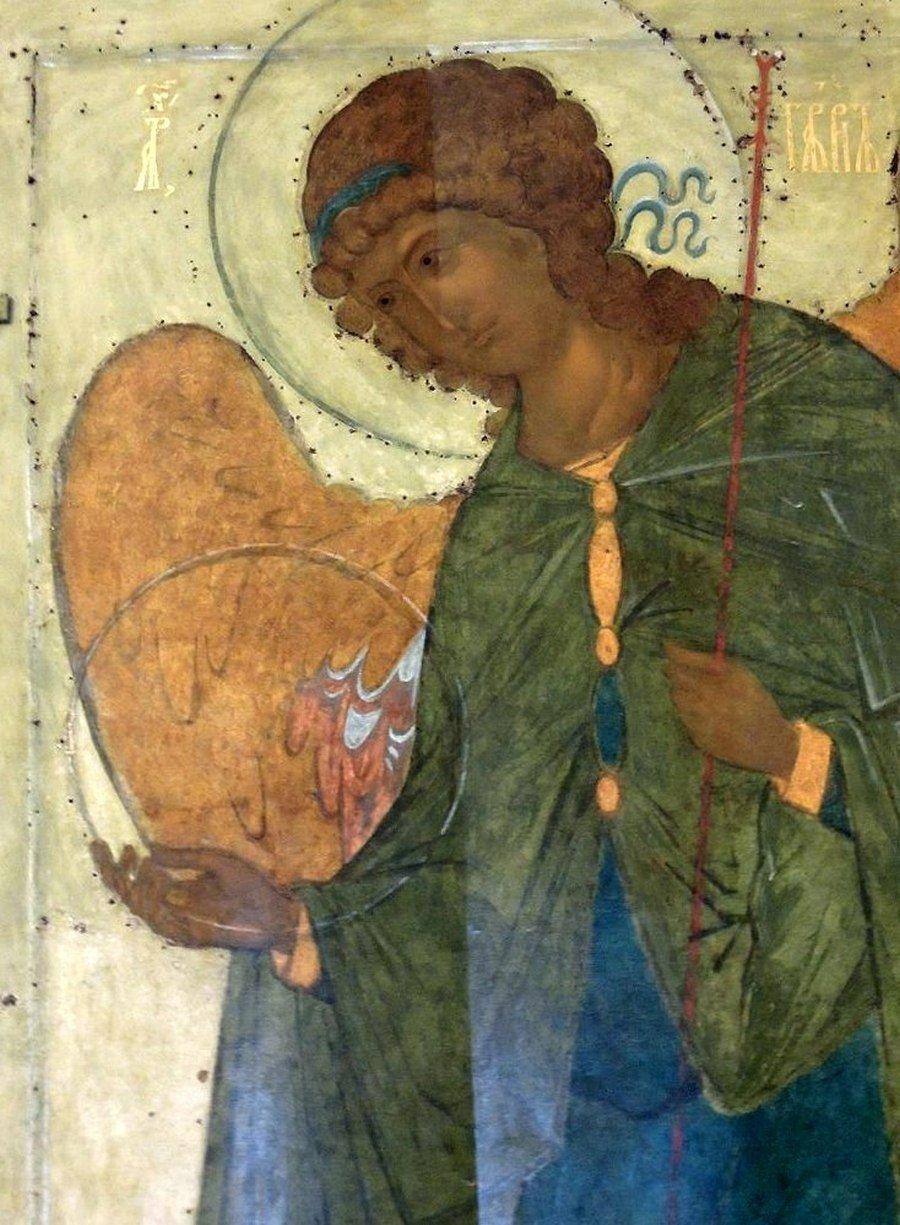 Архангел Гавриил. Икона. Тверь, середина XV века. Фрагмент.