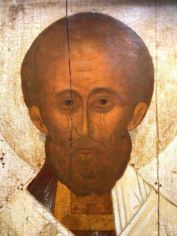 Святитель Николай, Архиепископ Мир Ликийских, Чудотворец. Икона. Тверь, XV век. Лик Святого.
