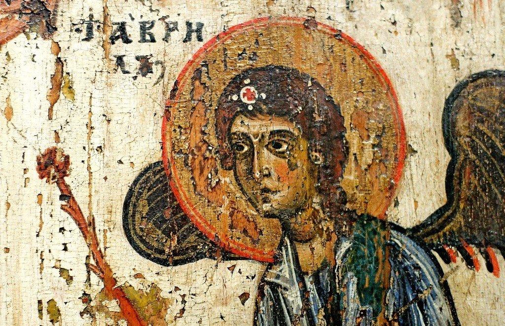Прославление Святого Креста. Новгородская икона XII века. Фрагмент.