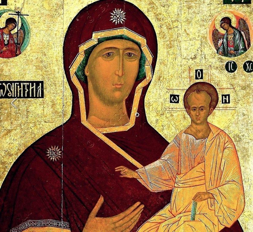 Смоленская икона Божией Матери. Первая половина XVI века. Фрагмент.