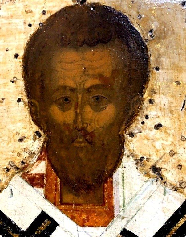 Святитель Иоанн Златоуст. Фрагмент русской иконы XVI века.