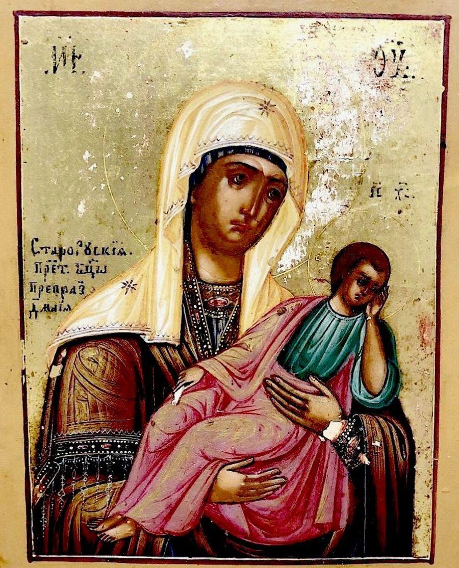 Старорусская икона Божией Матери.