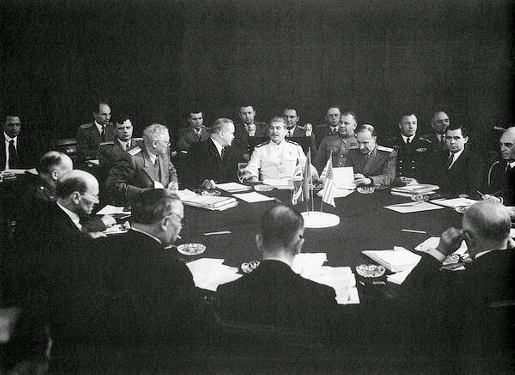 Фотография Е. Халдея(1917 - 1997)Фотохудожник Победы (69).